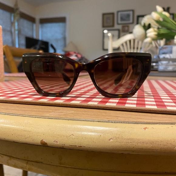NWT! Women's Burberry Sunglasses.